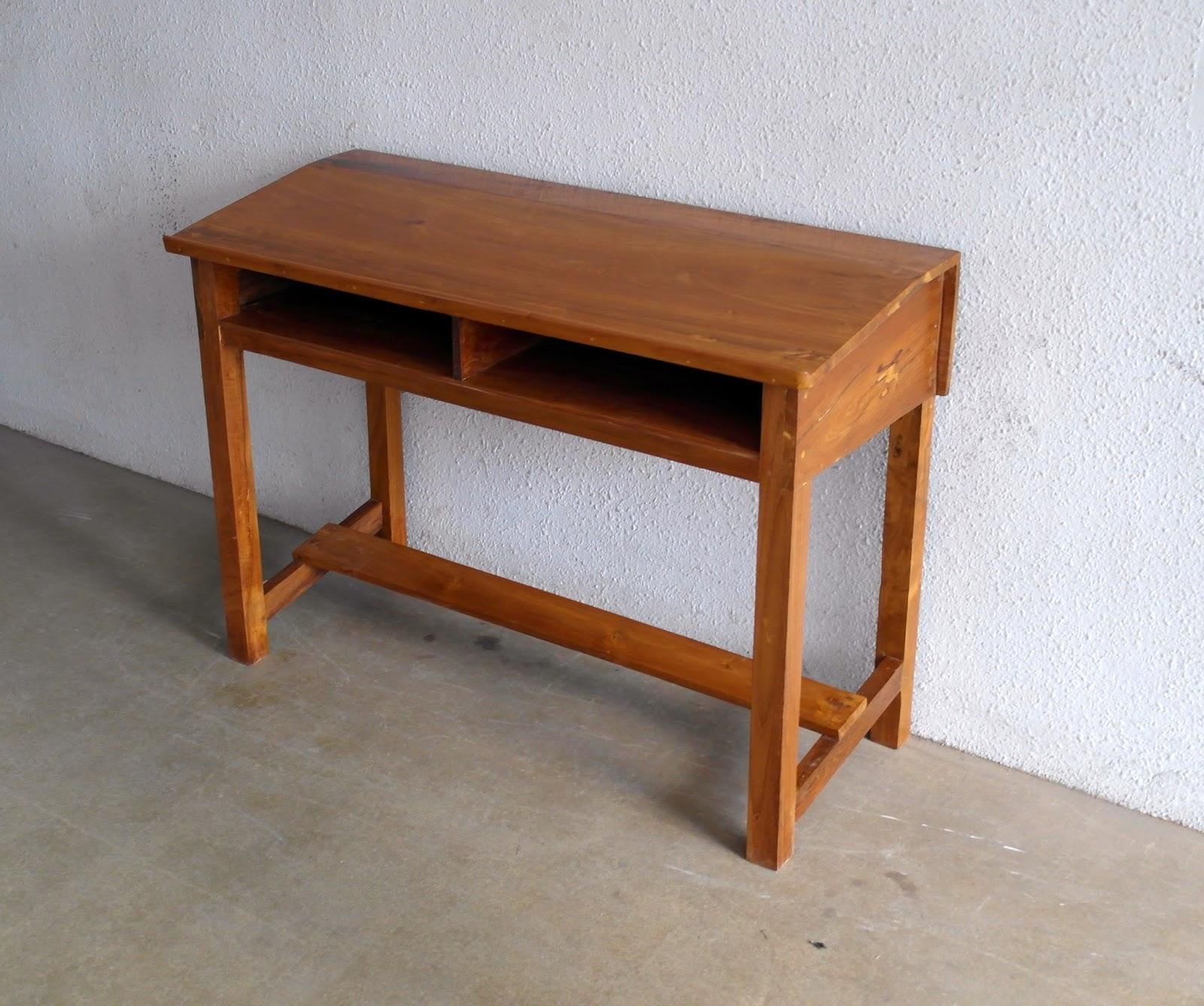 Meja Sekolah Panjang model Miring Depan