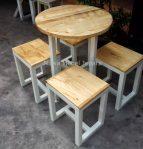 Set Meja Cafe Bundar 4 Kursi kotak Terbaru