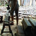 proses-penghalusan-kayu-menggunakan-pasak-mesin-150x150 Set Meja Kursi Sekolah Murah, Kursi Kuliah, Meja Guru, Almari Sekolah