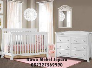 Tempat Tidur Bayi Putih Murah Elegan