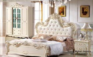 Set tempat tidur NM-448