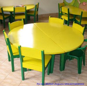 Set Meja Kursi Sekolah TK Taman Kanak Kanak Bundar