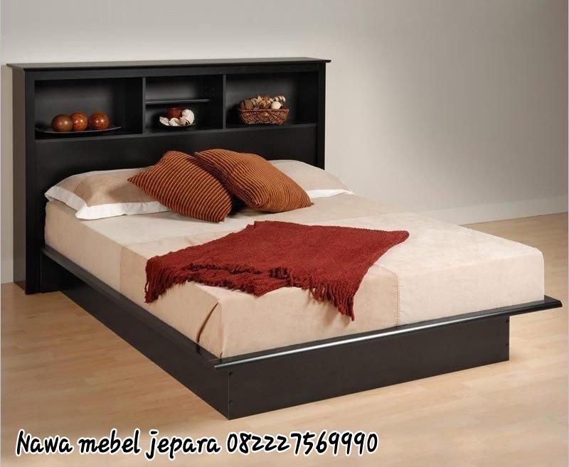 Tempat Tidur Console